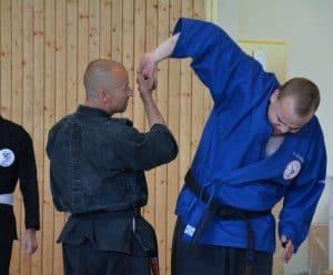 dragon-ryu-ninjutsu-fingerhebel